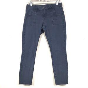 Kut from the Kloth ankle skinny gray pants raw hem